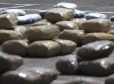 Incautan 827 paquetes de droga entre Boca La Caja y Pueblo Nuevo