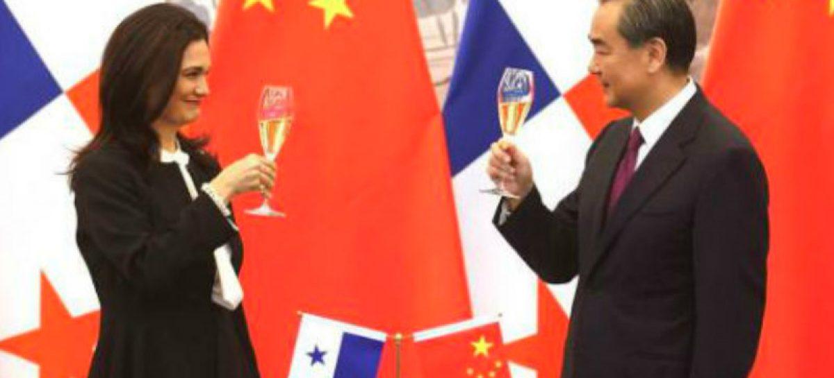 Casi 87 mil dólares costó el viaje de 7 funcionarios a China