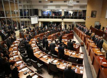 Buscarán cambiar reglamento de la Asamblea para frenar ausencia de diputados