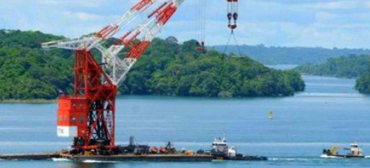 Canal de Panamá remplazará en 2019 la legendaria grúa Titán