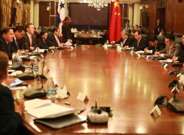 Ministro de Comercio chino visita Panamá para avanzar en relación comercial