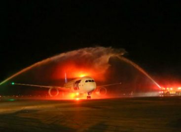 Primer vuelo chárter de Lot Polish Airlines aterriza en Panamá
