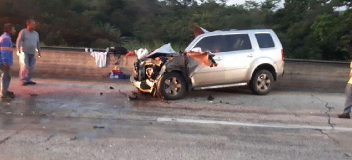 Reportan un aparatoso accidente en la Autopista Panamá-Colón