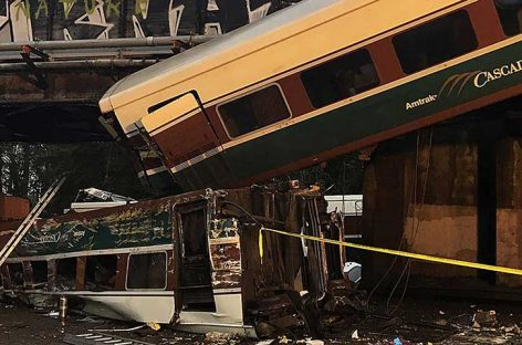 Tren descarrilado dejó varios muertos y heridos en Estados Unidos