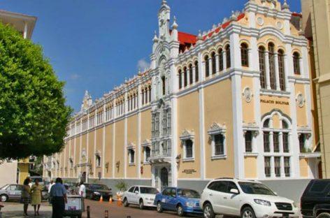 Panamá retiró credenciales a 14 allegados del régimen madurista