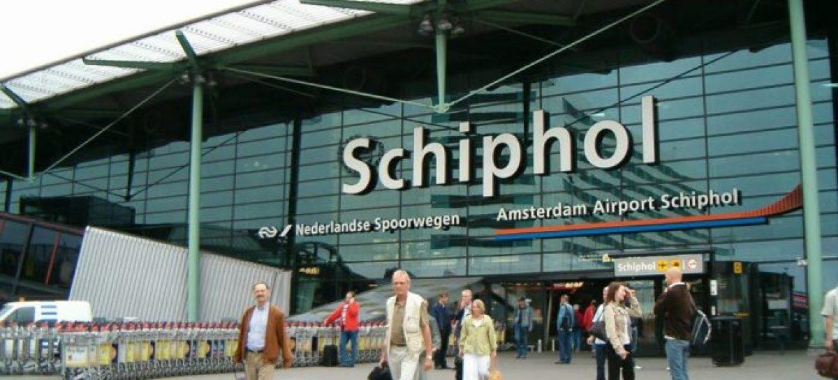 Policía holandesa disparó contra hombre armado en aeropuerto de Amsterdam