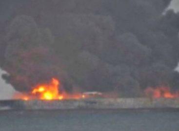 Buque petrolero con bandera panameña en peligro de explotar tras chocar en China