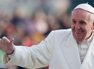 El papa Francisco deseó un futuro de paz para 2018