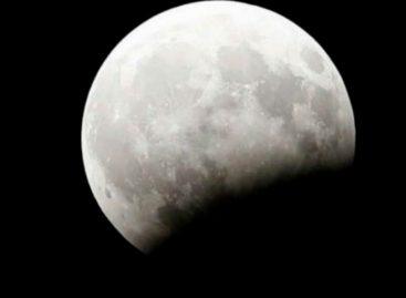 El triple espectáculo que ofrecerá la luna este 31 de enero