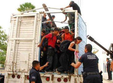 Detuvieron a 125 migrantes escondidos en camiones y casa de seguridad en México