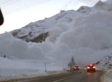 Cuatro personas resultaron heridas tras varias avalanchas en Suiza