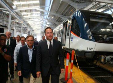 Varela acompaña primer recorrido de nuevos trenes del Metro de Panamá