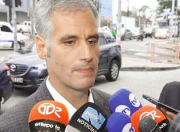 ¡Un billetón! Padres de Papadimitriu movieron 16 millones de dólares en cuentas en Andorra