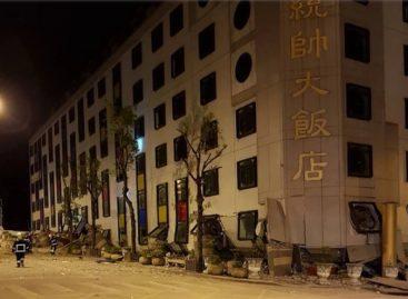 Un terremoto de 6 grados derrumba un hotel en Taiwán