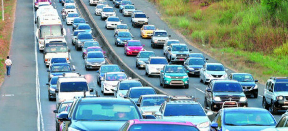 Casi 53 mil vehículos se han desplazado de regreso a ciudad de Panamá