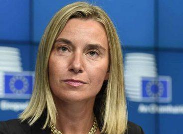 """Mogherini: envenenamiento del exespía ruso es """"inaceptable"""""""