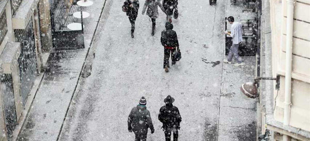 Temporal de nieve al sur de Francia generó problemas en transportes