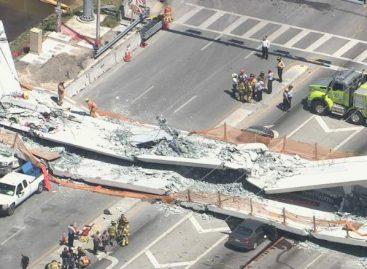 Se desploma un puente en Florida a pocos días de haberse inaugurado