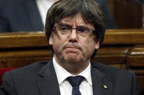 Puigdemont pidió unidad y asumió que su encierro puede alargarse