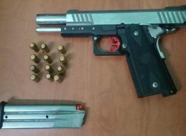 Meduca investiga denuncia de niño de 7 años con arma en su mochila