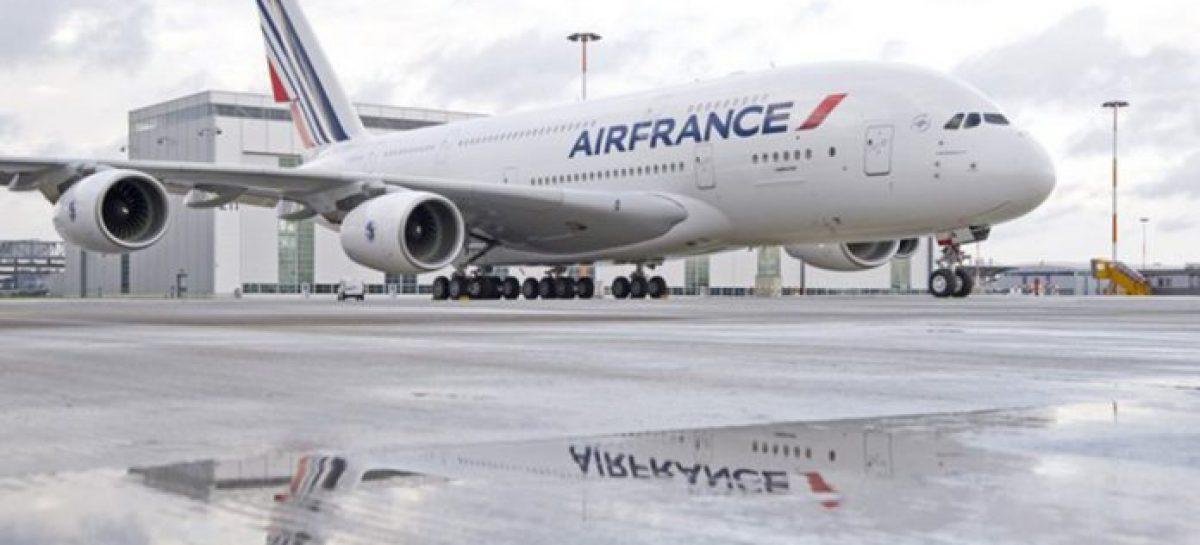 Air France redujo 25% programa de vuelos en Europa