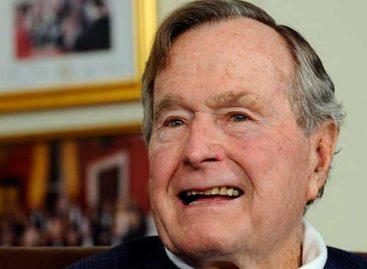 Expresidente Bush fue hospitalizado por una sepsis