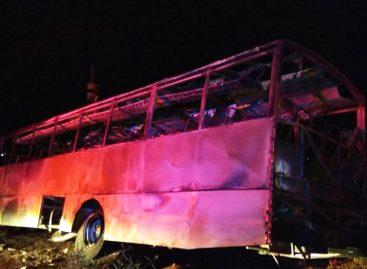 Siete personas murieron al chocar un tren con una camioneta en Sudáfrica