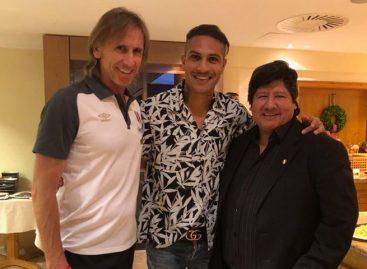 Paolo Guerrero llegó a la concentración de Perú y fue recibido por Gareca