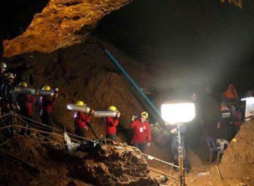 Cuatro nuevos jóvenes fueron rescatados de la cueva de Tailandia