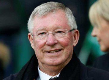 Alex Ferguson reapareció para agradecer a los médicos su recuperación