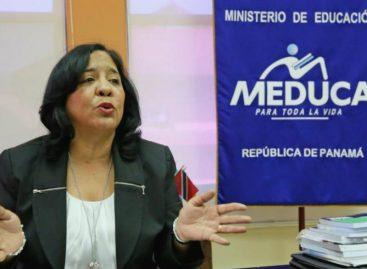 Aseguran que enviarán a ministra de Educación a cargo consular en Chile