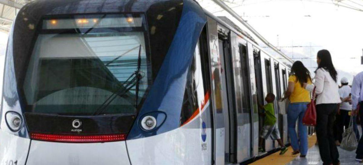 Estudiante sufrió ataque de epilepsia dentro del Metro: Por fortuna no cayó a las vías