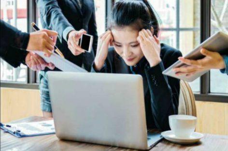 ¿Sufres de tecnoestrés? Aquí te enseñamos a identificarlo y a prevenirlo