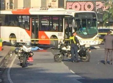 Un peatón murió tras ser arrollado por un Metro Bus