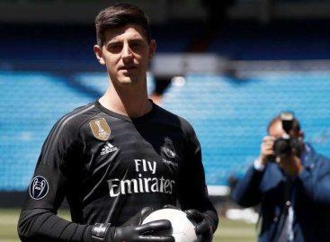 Thibaut Courtois fue presentado como nuevo jugador del Real Madrid