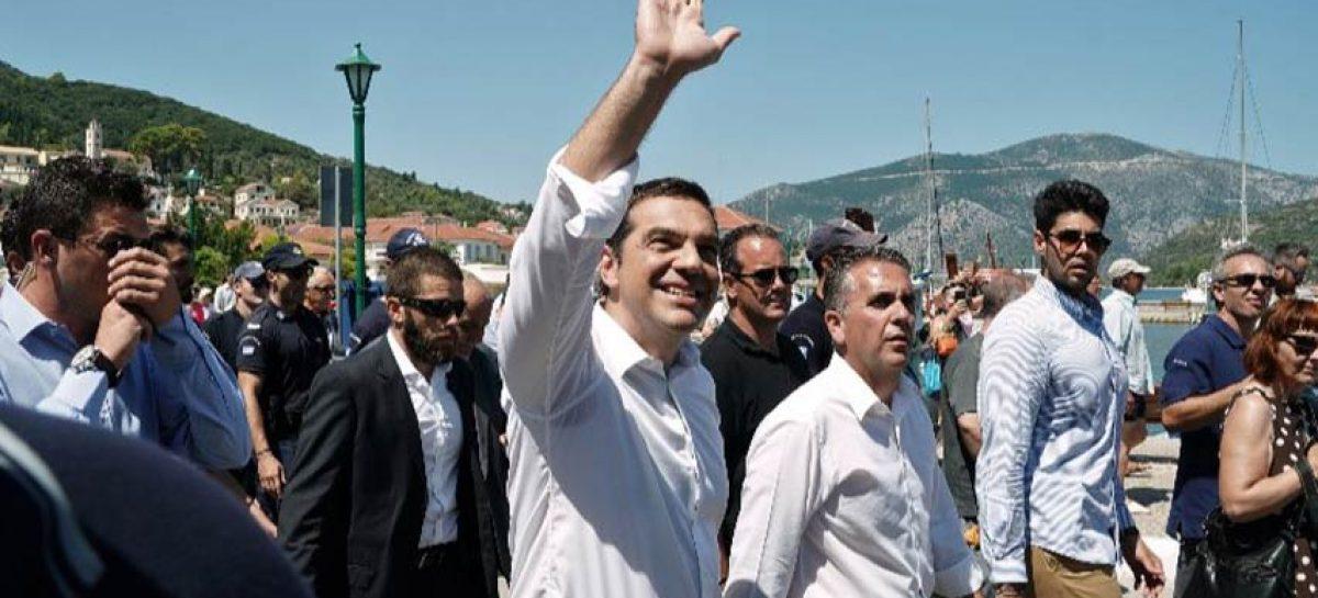Alexis Tsipras prometió incrementar salarios en Grecia