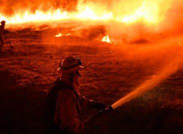 El fuego del Algarve sigue activo con un perímetro que supera 100 kilómetros
