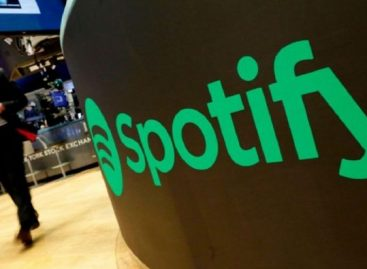 Warner Music entregó 126 millones de dólares a artistas tras vender su parte de Spotify
