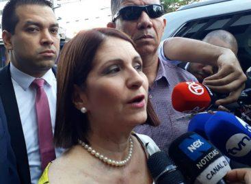 Jueza condenó a diario La Prensa y a dos periodistas por difundir noticia falsa contra exprimera dama