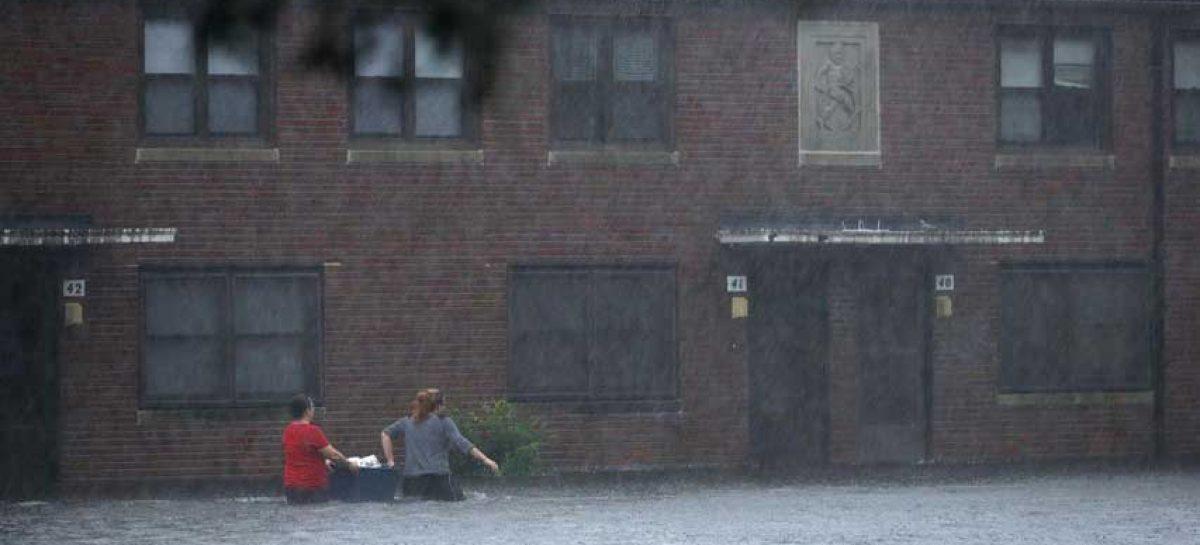 Florence tocó tierra en la costa sureste de EEUU como huracán categoría 1