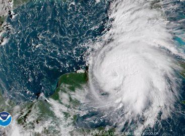 Cancillería activó el Cecodi para atender a panameños afectados por huracán Michael
