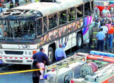 Varela decreta el 23 de octubre como Día de Reflexión Nacional por tragedia del bus 8B-06