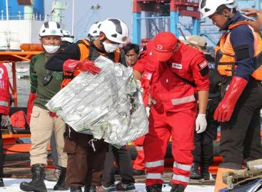 Avión de Lion Air de Indonesia se estrelló con 188 personas a bordo