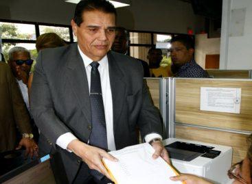 Formalizan segunda entrega de firmas ante el Tribunal Electoral para candidatura de Martinelli