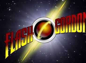 Julius Avery dirigirá una película de Flash Gordon para Fox