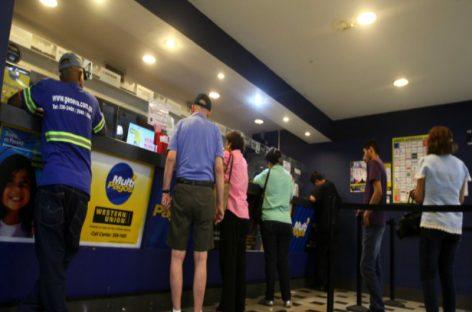 Advierten que envío de dinero al exterior debilita la economía panameña