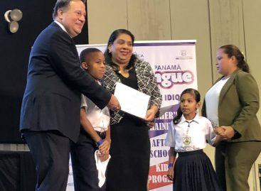 Certifican a 286 centros escolares bilingües