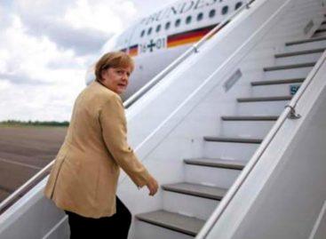 Pasó un susto: Avión en el que viajaba Ángela Merkel a Argentina tuvo que aterrizar de emergencia