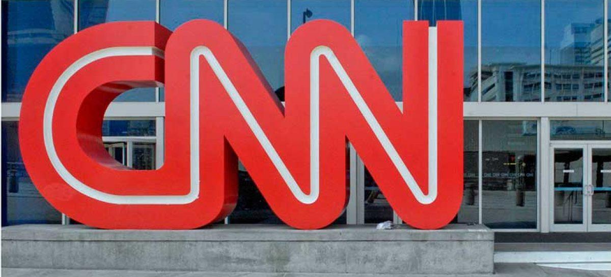 CNN demandó a Trump por vetar acceso a la Casa Blanca a su corresponsal