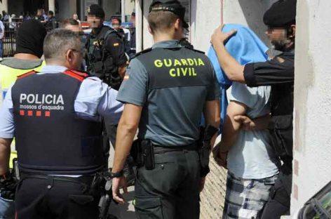 Detenido un joven sueco buscado por 7 asesinatos que preparaba otro en España
